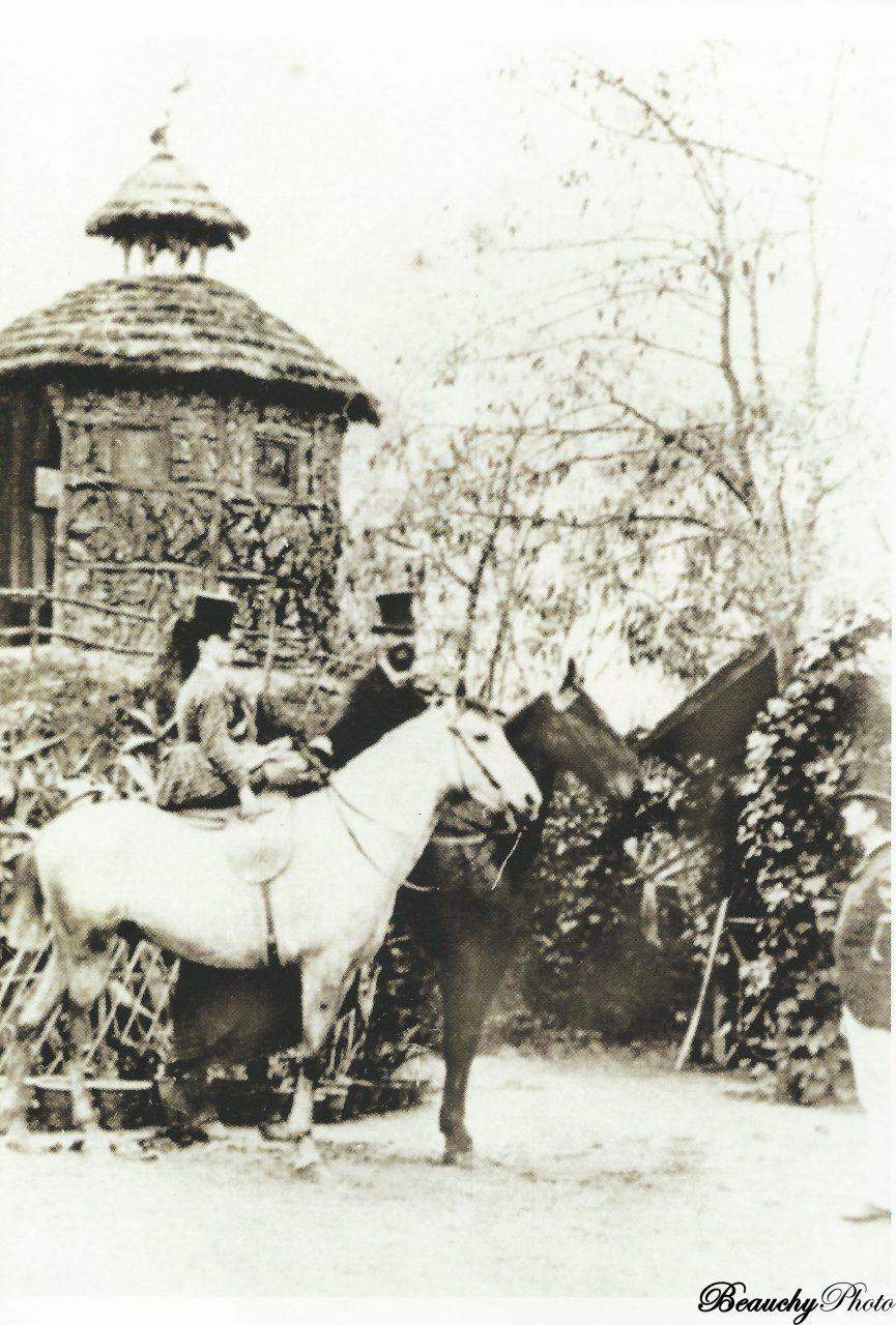 beauchyphoto_el_marques-de_la_granina_y_su_hija_a_caballo_sevilla_1855_julio_beauchy_peron_fotografias_antiguas_postales_