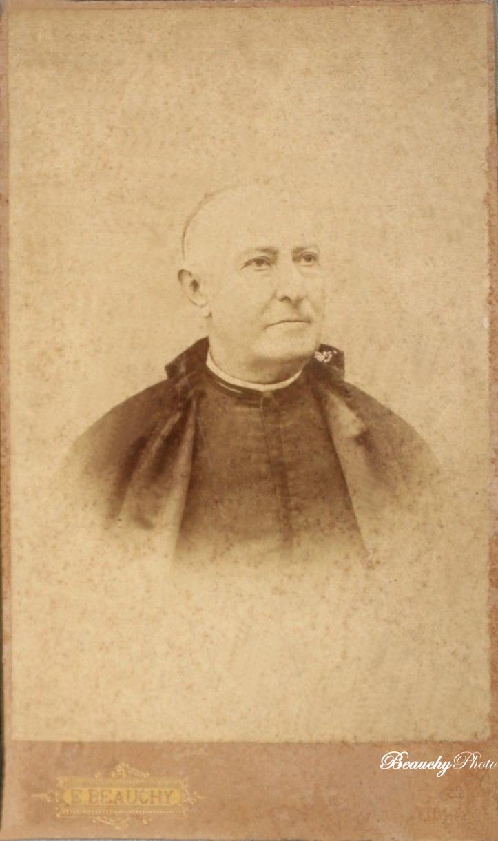 Retrato de sacerdote (EBC)