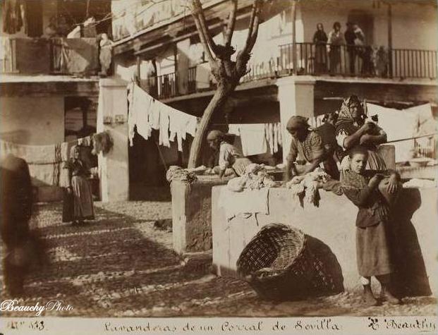 Lavanderas de un corral de Sevilla