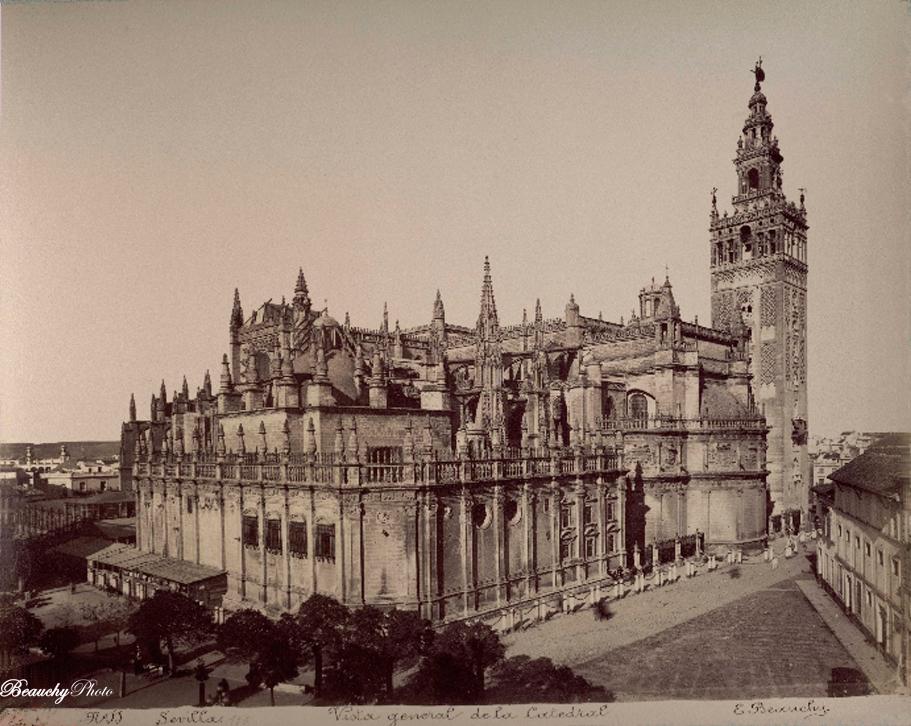 beauchyphoto_vista_general_de_la_catedral_sevilla_emilio_beauchy_cano_fotografias_antiguas_postales_vistas_y_monumentos