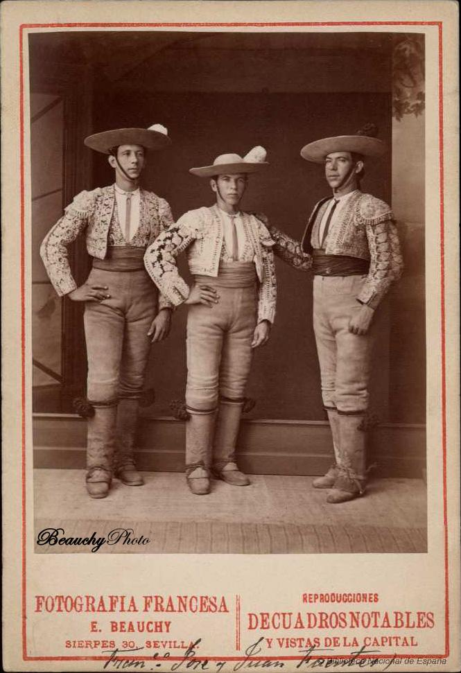 Los picadores Francisco, José y Juan Fuentes