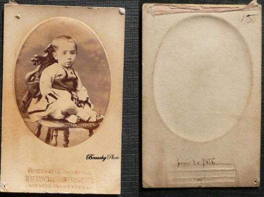 Retrato de niño y su reverso incorporado