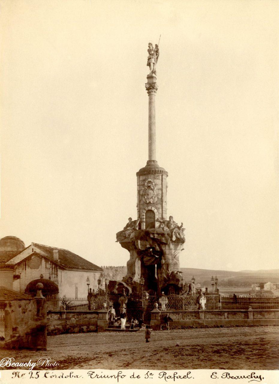 Beauchyphoto_Triunfo_de_San_Rafael_Córdoba_c.1880_Emilio_Beauchy_Cano_fotografias_antiguas_postales_vistas_y_monumentos