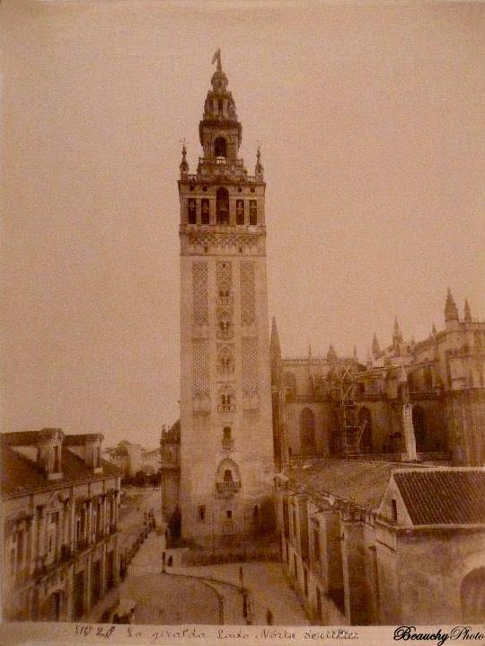 Beauchyphoto_La_Giralda_Lado_Norte_Sevilla_1890_1900_Emilio_Beauchy_Cano_fotografias_antiguas_postales_vistas_y_monumentos