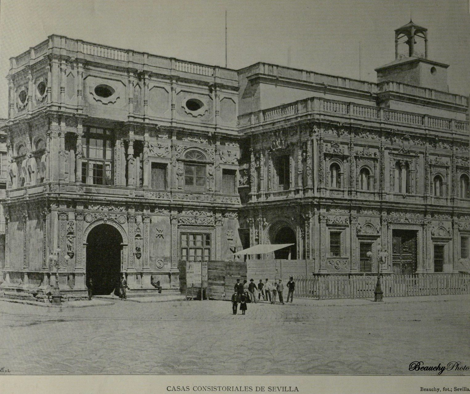 Beauchyphoto_Casas_Consistoriales_de_Sevilla_Emilio_Beauchy_Cano_fotografias_antiguas_postales_vistas_y_monumentos