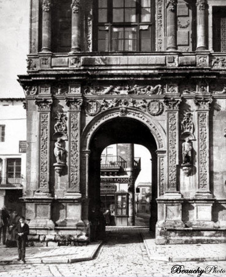 Beauchyphoto_Plaza_de_San_Francisco_Ayuntamiento_de_Sevilla_(5)_1890_Emilio_Beauchy_Cano_fotografias_antiguas_postales_vistas_y_monumentos