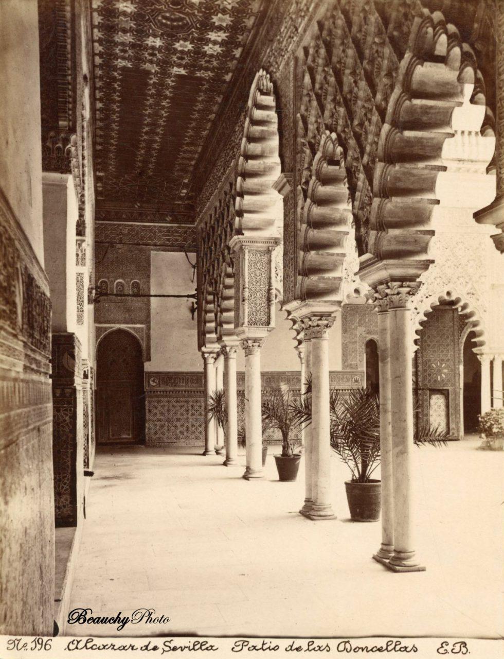 Beauchyphoto_Alcázar_de_Sevilla_Patio_de_las_Doncellas_4_c1885_Emilio_Beauchy_Cano_fotografias_antiguas_postales_vistas_y_monumentos