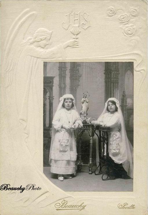 Niñas de Primera Comunión 1900