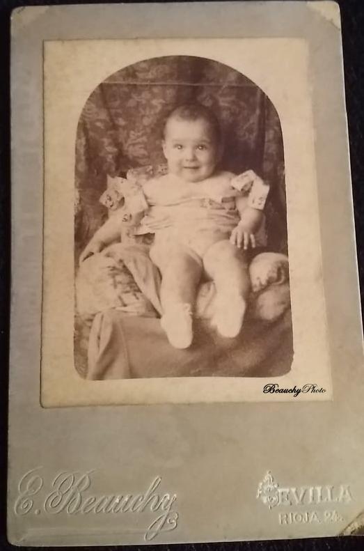 Bebé antepasado de Patricia Roxana