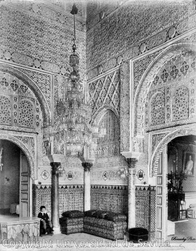 Real Alcázar de Sevilla con niño