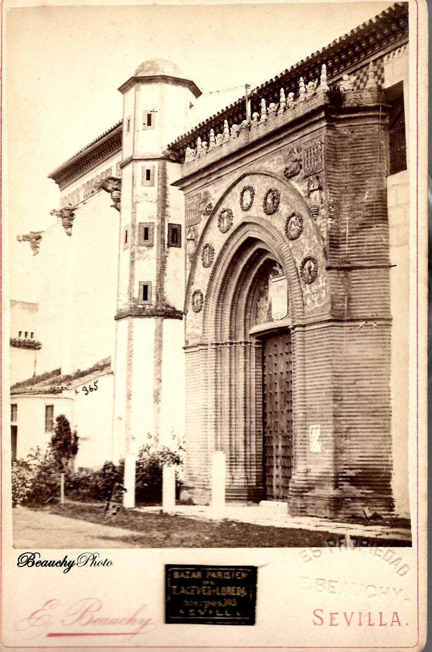 Portada del Convento de Santa Paula