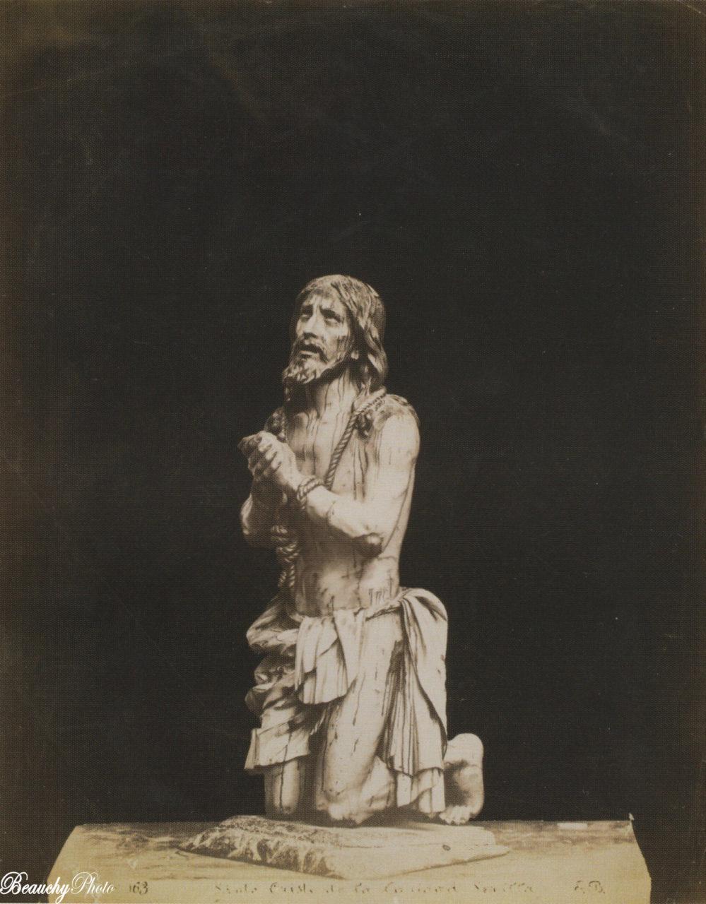 Escultura del Cristo de la Caridad
