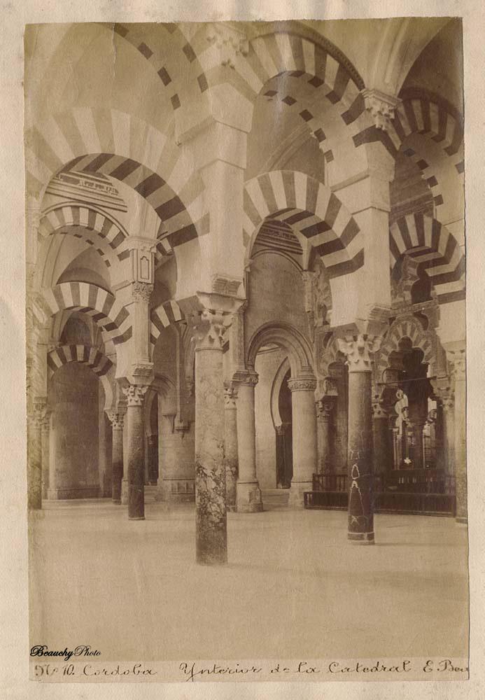 10 interior de la mezquita Hacia 1895 Precio de compra en 2010 12 €