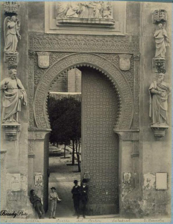 Beauchyphoto_Puerta_del_Perdón_Catedral_de_Sevilla_Emilio_Beauchy_Cano_fotografias_antiguas_postales_vistas_y_monumentos