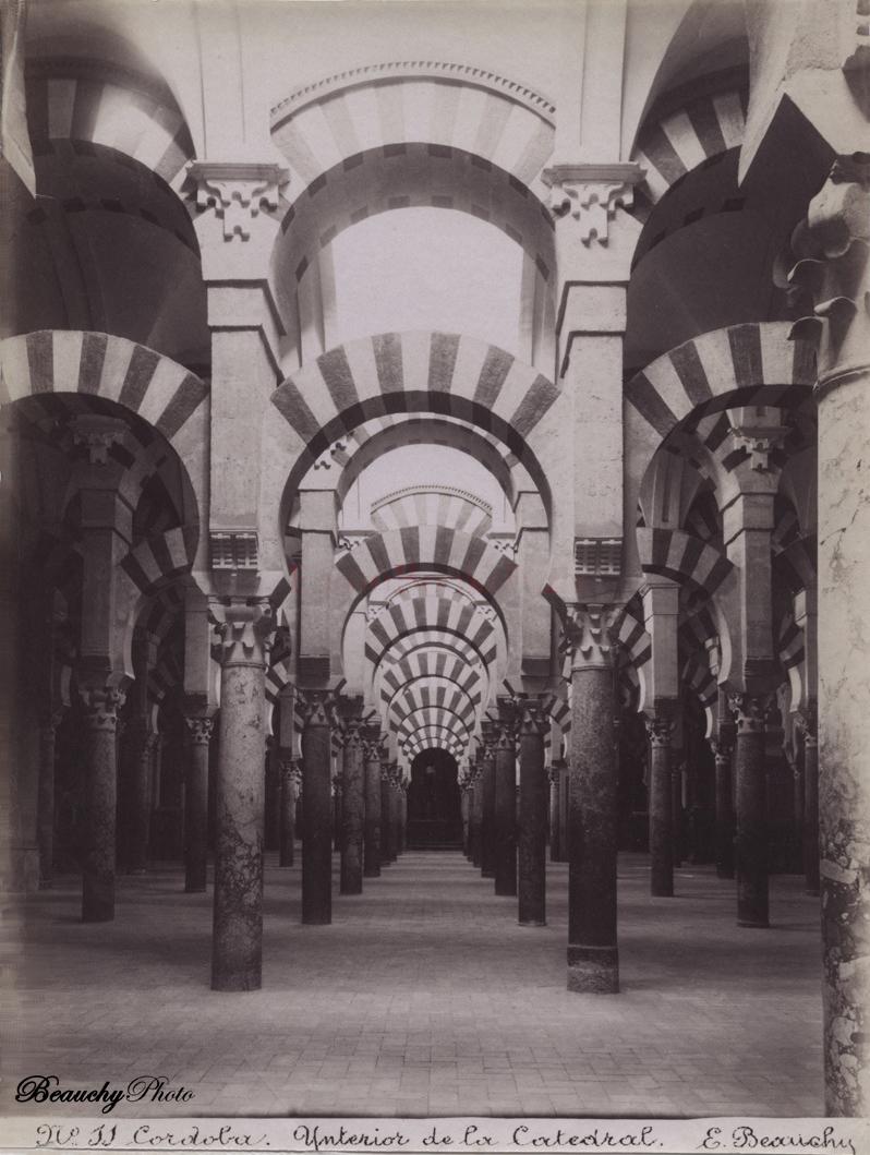 Beauchyphoto_Interior_de_la_Mezquita_Catedral_Cordoba_Nº11_Emilio_Beauchy_Cano_fotografias_antiguas_postales_vistas_y_monumentos