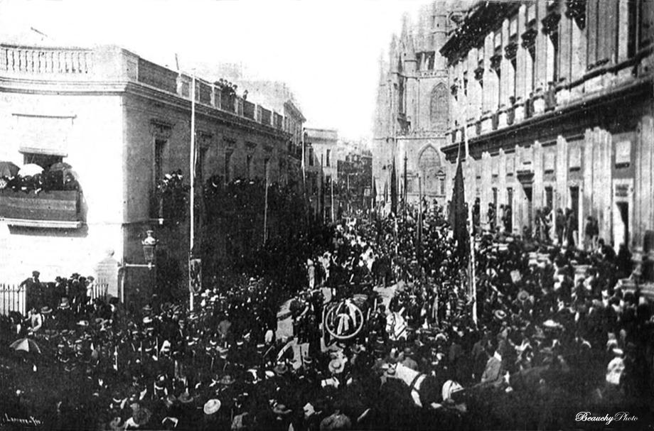 Beauchyphoto_Traslado_Restos_Colón_1899_Emilio_Beauchy_Cano_fotografias_antiguas_postales_hechos_históricos